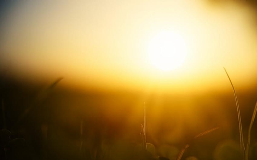 Hőség, extrém UV-sugárzás és zivatar is várható vasárnap