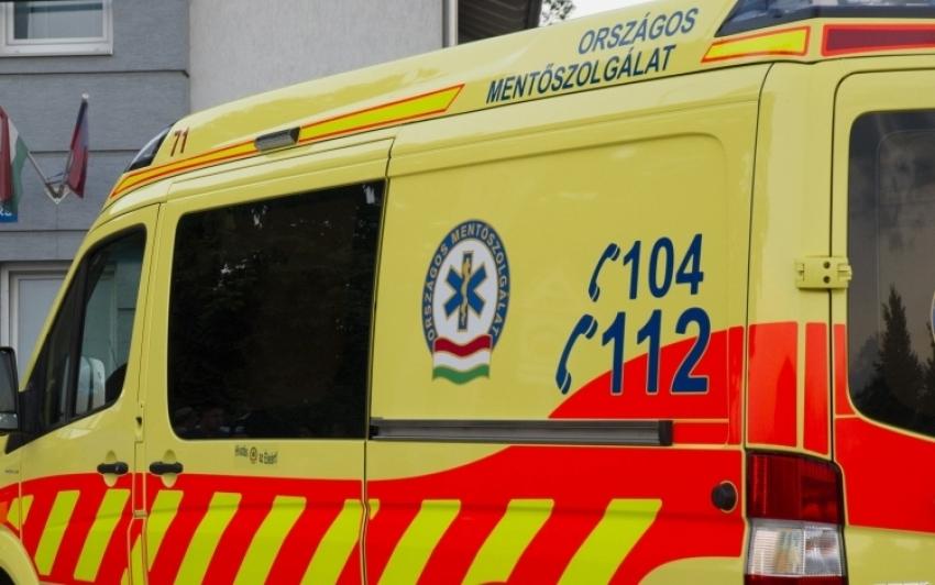 Ketten meghaltak egy balesetben Jásztelek és Jászberény között