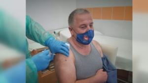 Karcag város polgármestere is megkapta az első oltást
